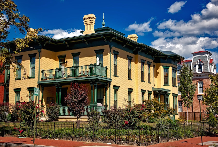 Living in Raleigh historic neighborhood